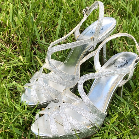 L Miller Jcp Silver Sparkly High Heels